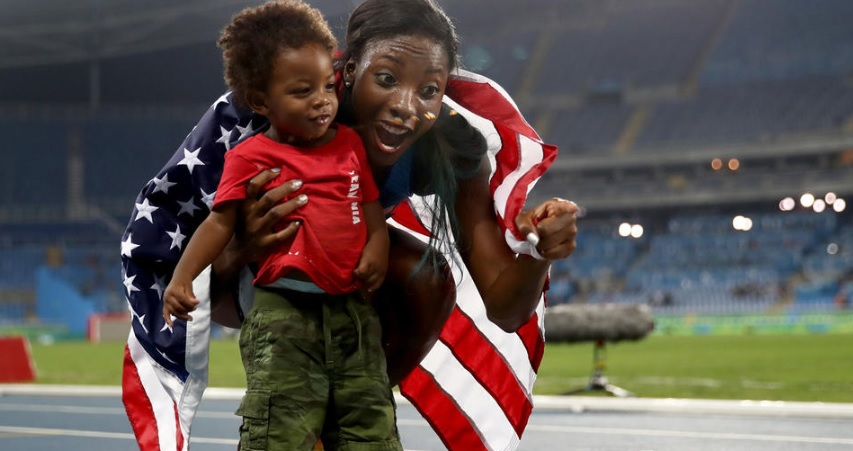 Nia Ali and her son, Titus, at the 2016 Rio Olympics.